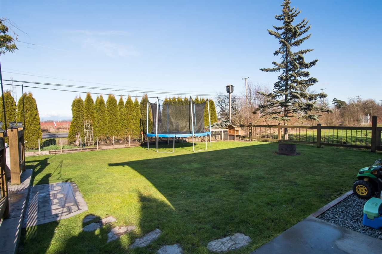 Photo 27: Photos: 6742 LADNER TRUNK Road in Delta: Holly House for sale (Ladner)  : MLS®# R2536007