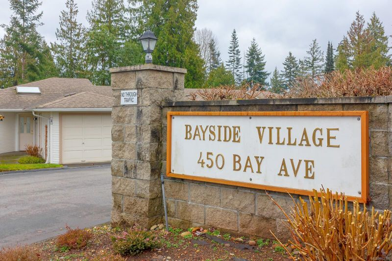 FEATURED LISTING: 23 - 450 Bay Ave