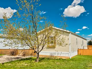 Main Photo: 157 Heritage Drive: Okotoks Mobile for sale : MLS®# A1101725