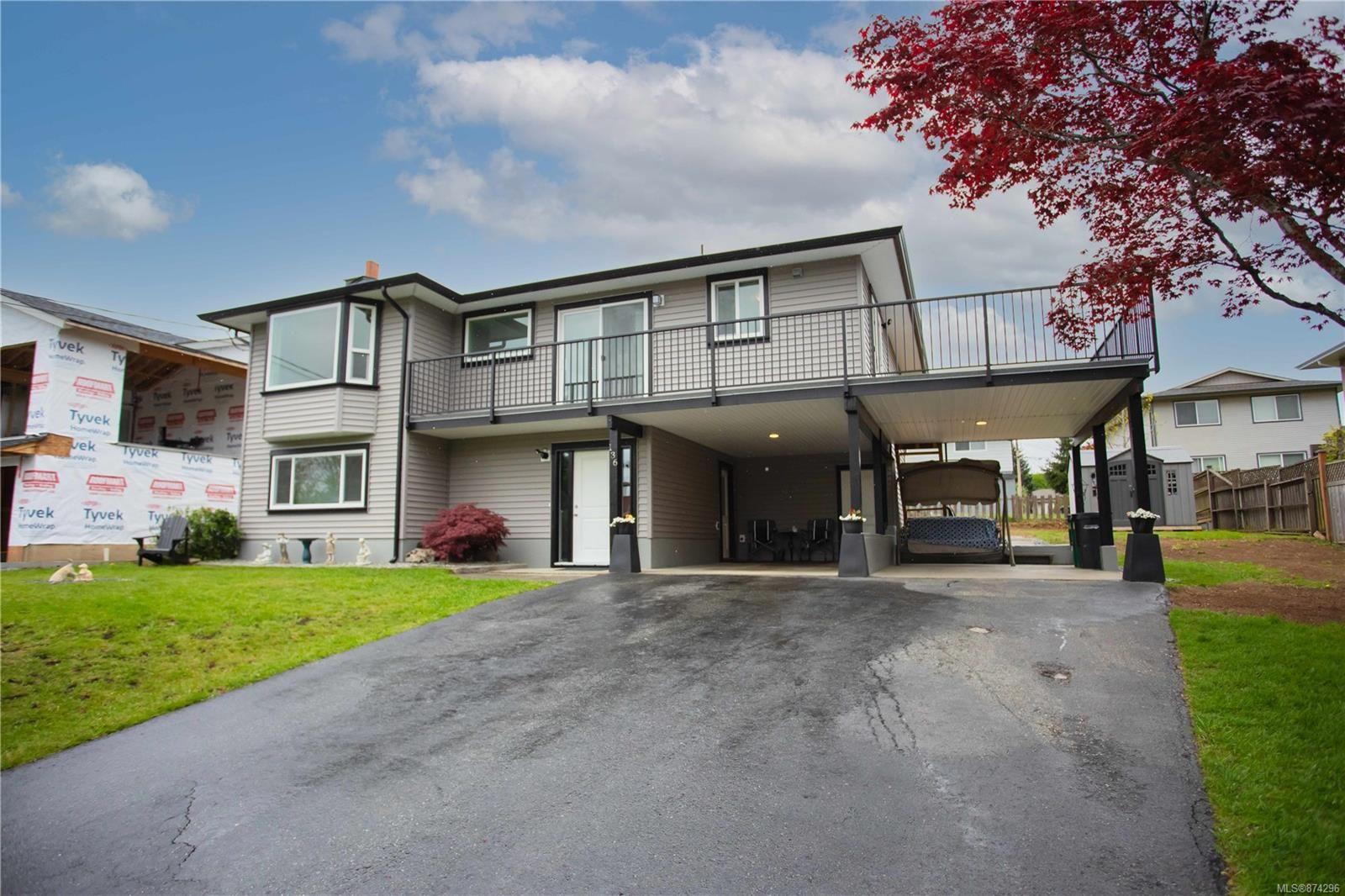 Main Photo: 136 Bird Sanctuary Dr in : Na University District House for sale (Nanaimo)  : MLS®# 874296