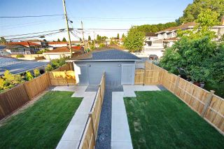 Photo 3: 5218 GLADSTONE Street in Vancouver: Victoria VE 1/2 Duplex for sale (Vancouver East)  : MLS®# R2322175
