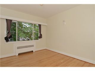 "Photo 9: 4 2110 W 47TH Avenue in Vancouver: Kerrisdale Condo for sale in ""BOULEVARD APARTMENTS"" (Vancouver West)  : MLS®# V1025864"