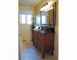 Photo 9: 1066 50B Street in Tsawwassen: Tsawwassen Central House for sale : MLS®# V693937