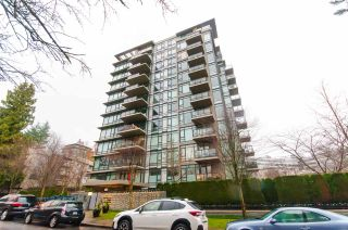 """Photo 1: 905 1468 W 14TH Avenue in Vancouver: Fairview VW Condo for sale in """"THE AVEDON"""" (Vancouver West)  : MLS®# R2457270"""