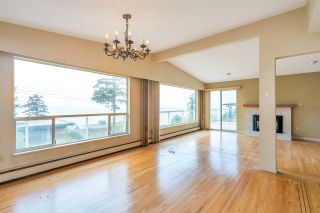 """Photo 10: 14887 HARDIE Avenue: White Rock House for sale in """"White Rock"""" (South Surrey White Rock)  : MLS®# R2509233"""