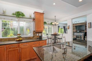 """Photo 8: 14730 31 Avenue in Surrey: Elgin Chantrell House for sale in """"HERITAGE TRAILS"""" (South Surrey White Rock)  : MLS®# R2589327"""