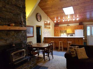 Photo 2: Lakeland cabins Emma Lake Sask