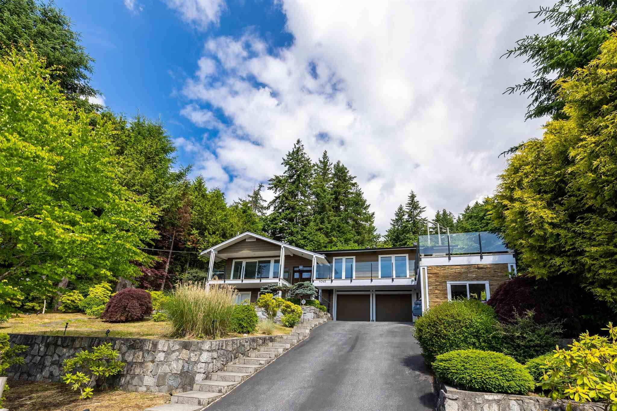 Main Photo: 4345 WOODCREST ROAD in West Vancouver: Cypress Park Estates House for sale : MLS®# R2612056
