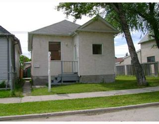Photo 1: 1386 ALEXANDER Avenue in WINNIPEG: Brooklands / Weston Residential for sale (West Winnipeg)  : MLS®# 2913735