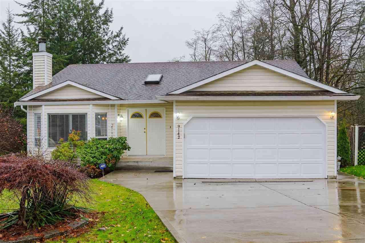 """Main Photo: 9142 212A Place in Langley: Walnut Grove House for sale in """"Walnut Grove"""" : MLS®# R2520134"""