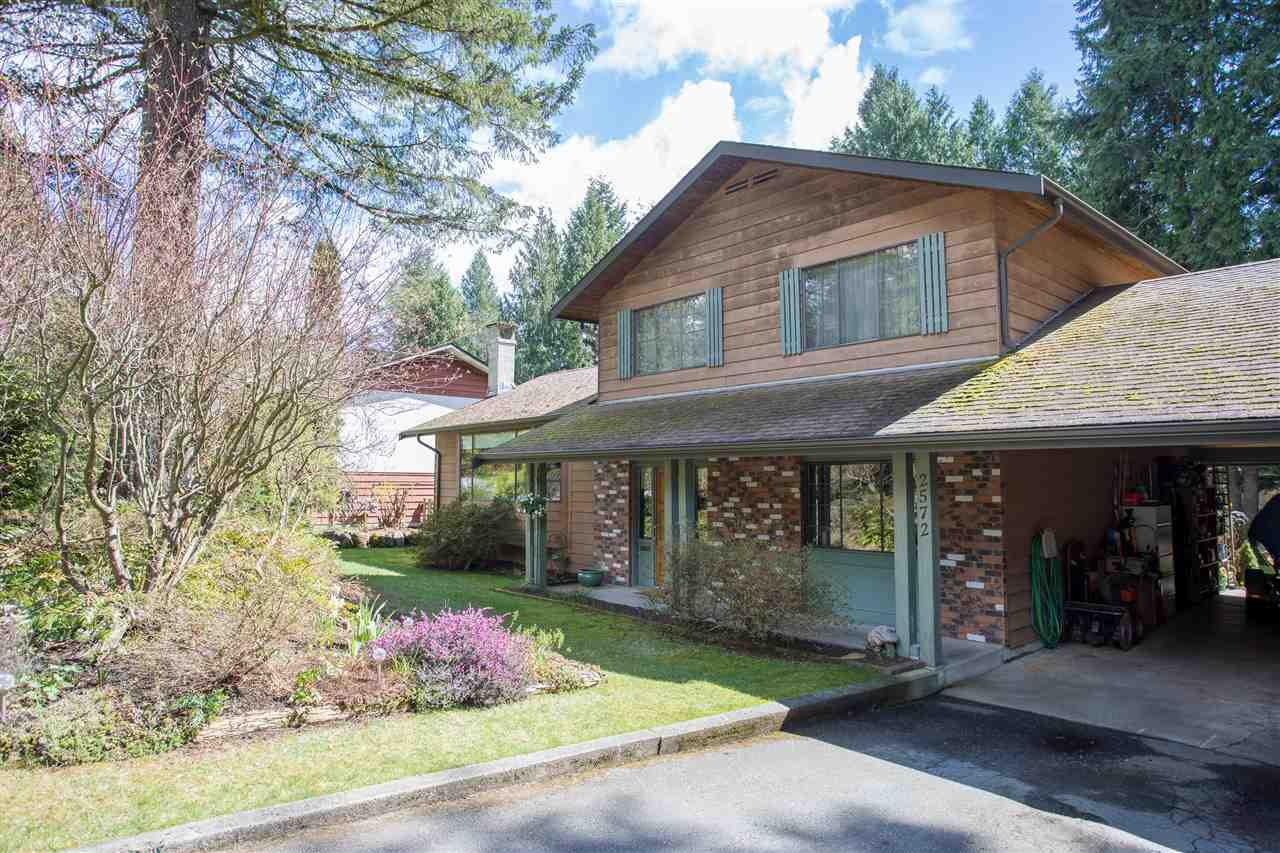 Main Photo: 2572 THE Boulevard in Squamish: Garibaldi Highlands House for sale : MLS®# R2166733