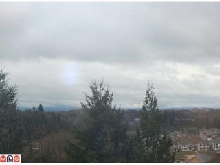 """Photo 2: 29445 SIMPSON Road in Abbotsford: Aberdeen House for sale in """"ROSS & SIMPSON (PEPENBROOK AREA)"""" : MLS®# F1108244"""