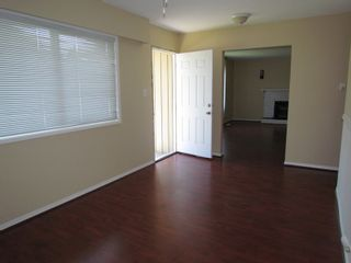 Photo 4: 2211 BAKERVIEW ST in ABBOTSFORD: Abbotsford West House for rent (Abbotsford)