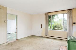 Photo 4: 9338 East Saanich Rd in : NS Airport House for sale (North Saanich)  : MLS®# 874306