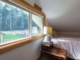 Photo 28: 5581 Seacliff Rd in COURTENAY: CV Courtenay North House for sale (Comox Valley)  : MLS®# 837166