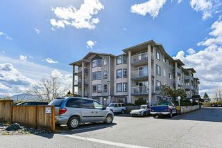 Photo 1: 407 8537 Young Road in Chilliwack: Condo  : MLS®# R2268076