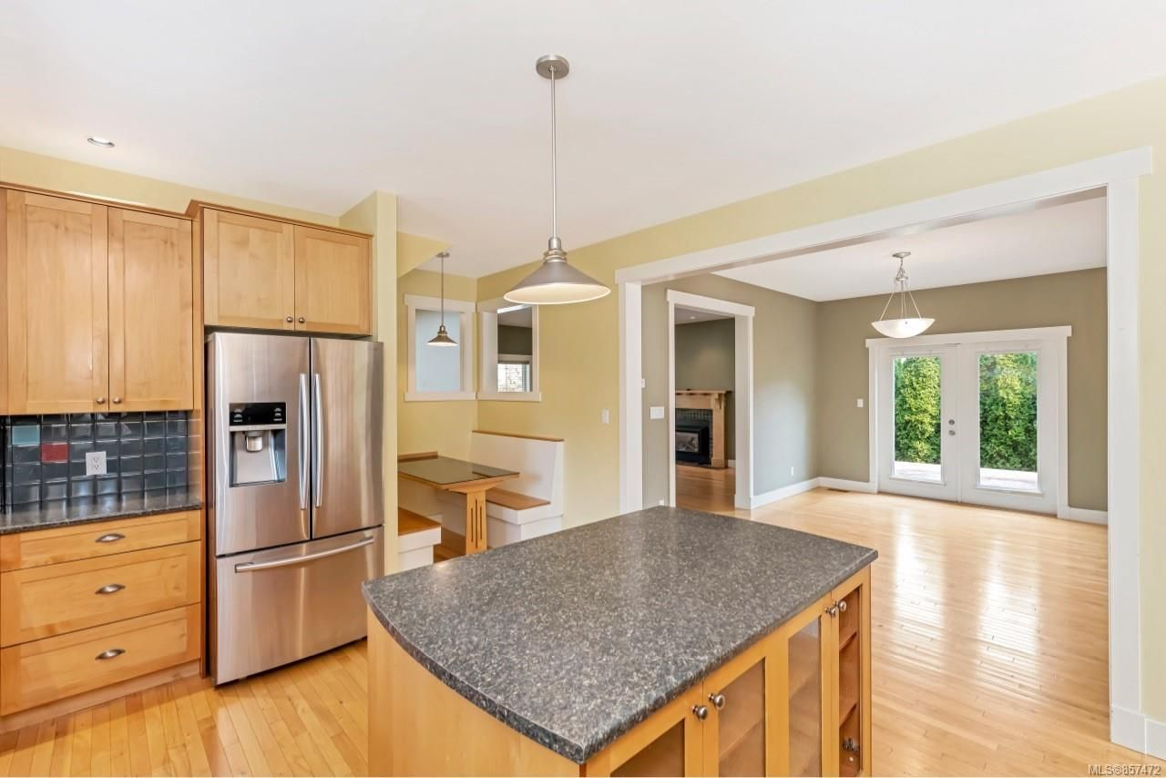 Photo 11: Photos: 7181 Francis Rd in : Sk Whiffin Spit House for sale (Sooke)  : MLS®# 857472