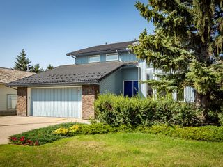 Photo 2: 67 Edgeridge Court NW in Calgary: Edgemont Detached for sale : MLS®# A1142005