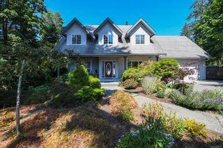 Photo 1: 1025 Vega Rd in : CV Comox Peninsula House for sale (Comox Valley)  : MLS®# 882416