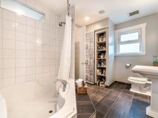 Photo 24: 1606 E 10TH Avenue in Vancouver: Grandview Woodland House for sale (Vancouver East)  : MLS®# R2579032