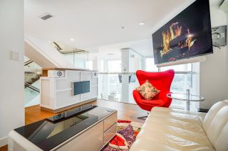"""Photo 22: PH7 777 RICHARDS Street in Vancouver: Downtown VW Condo for sale in """"TELUS GARDEN"""" (Vancouver West)  : MLS®# R2621285"""