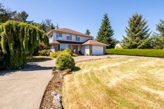 Photo 1: 6369 Eagles Dr in : CV Courtenay North House for sale (Comox Valley)  : MLS®# 884175