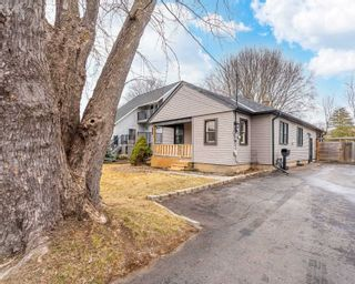 Main Photo: 801 Green Street in Whitby: Downtown Whitby House (Bungalow) for sale : MLS®# E5166316