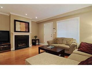 Photo 2: 102 1135 BARCLAY Street in Vancouver West: Home for sale : MLS®# V917535