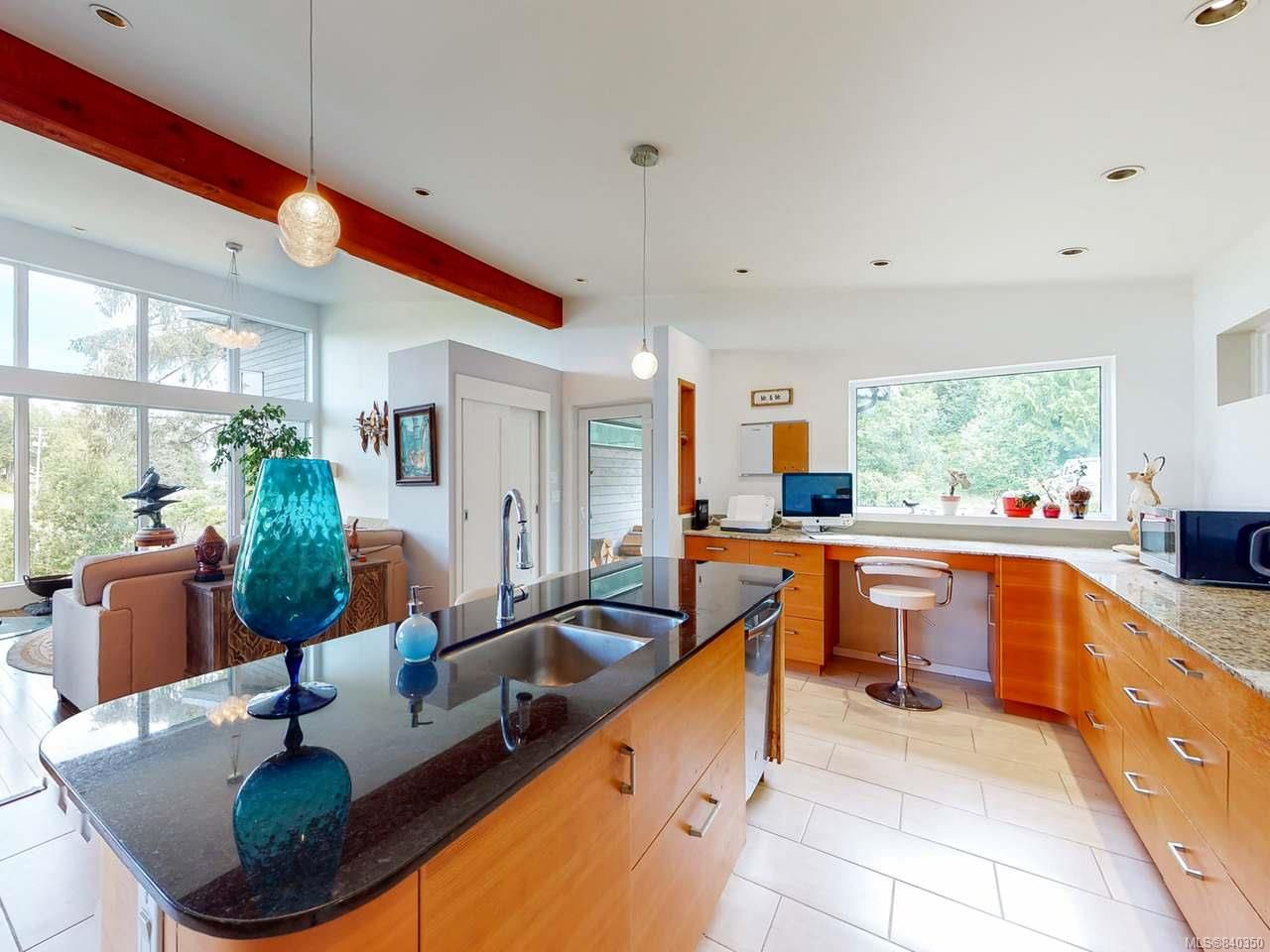 Photo 5: Photos: 1068 Helen Rd in UCLUELET: PA Ucluelet House for sale (Port Alberni)  : MLS®# 840350