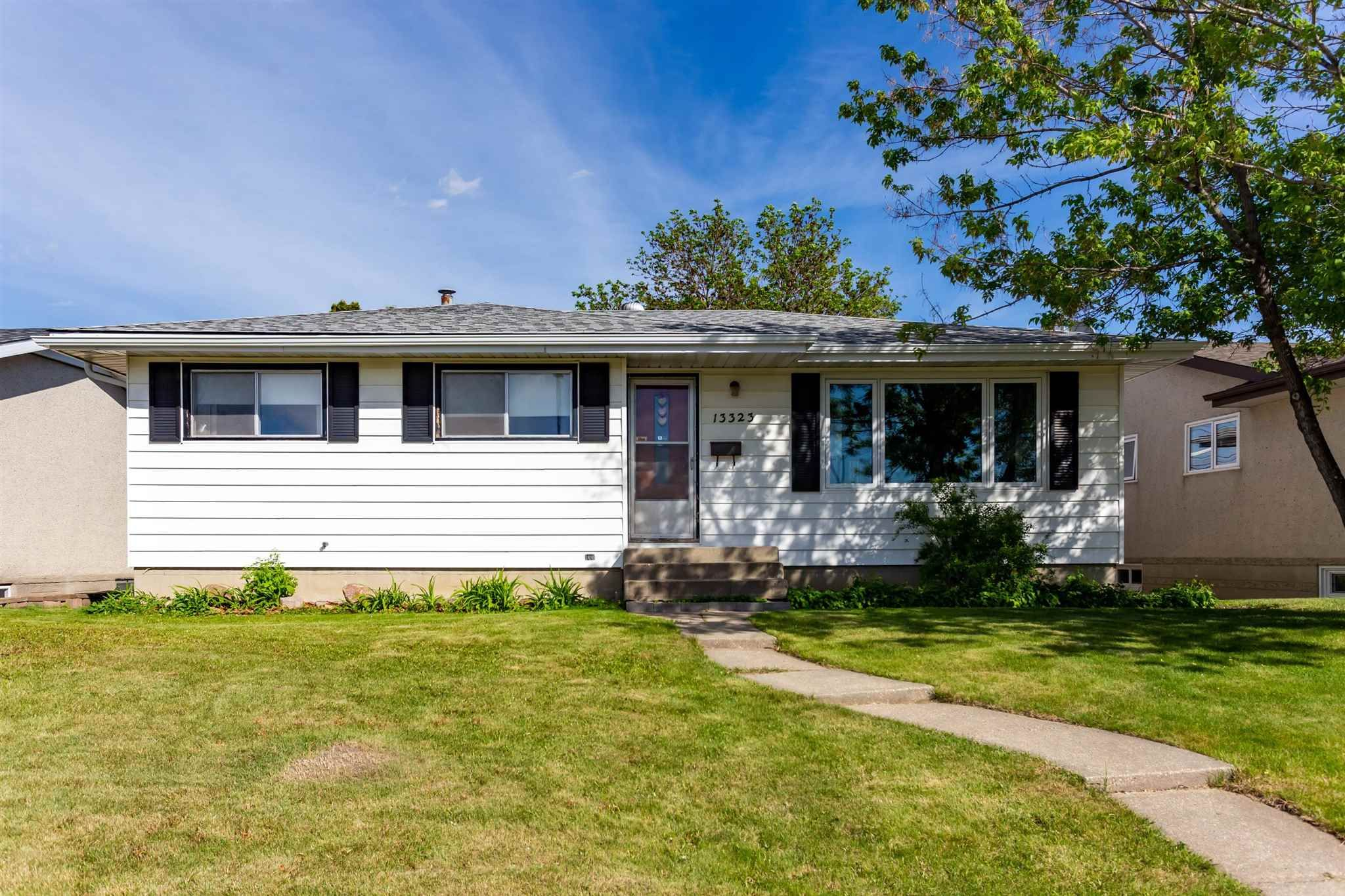 Main Photo: 13323 Delwood Road in Edmonton: Zone 02 House for sale : MLS®# E4247679