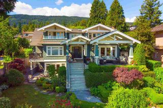 """Photo 2: 2623 LAWSON Avenue in West Vancouver: Dundarave House for sale in """"Dundarave"""" : MLS®# R2591627"""