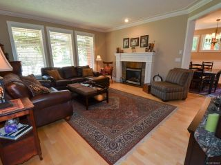 Photo 5: 564 Belyea Pl in QUALICUM BEACH: PQ Qualicum Beach House for sale (Parksville/Qualicum)  : MLS®# 788083