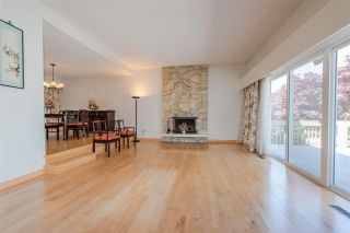 Photo 2: 3218 E 62ND Avenue in Vancouver: Champlain Heights House for sale (Vancouver East)  : MLS®# R2382375