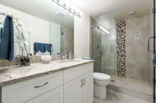 """Photo 8: 404 15111 RUSSELL Avenue: White Rock Condo for sale in """"PACIFIC TERRACE"""" (South Surrey White Rock)  : MLS®# R2206549"""