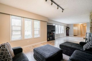 Photo 6: 25170 32 Avenue in Langley: Otter District House for sale : MLS®# R2543357