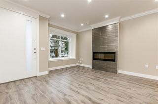 Photo 3: 5550 HALLEY Avenue in Burnaby: Central Park BS 1/2 Duplex for sale (Burnaby South)  : MLS®# R2234357