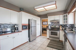Photo 5: 16606 78 ave in Surrey: Fleetwood Tynehead House for sale : MLS®# R2201041