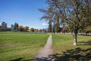"""Photo 20: 705 5790 PATTERSON Avenue in Burnaby: Metrotown Condo for sale in """"THE REGENT"""" (Burnaby South)  : MLS®# R2330523"""