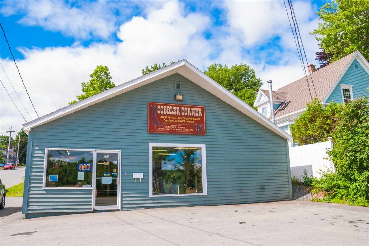 Main Photo: 287 KING Street in Bridgewater: 405-Lunenburg County Commercial  (South Shore)  : MLS®# 202106077