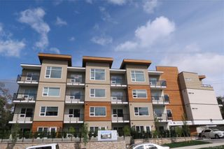 Photo 1: 404 280 Island Hwy in : VR View Royal Condo for sale (View Royal)  : MLS®# 862128