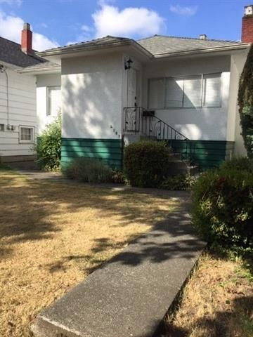 Main Photo: 4109 ELGIN ST in VANCOUVER: Fraser VE House for sale (Vancouver East)  : MLS®# R2202862