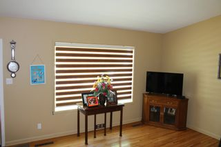 Photo 7: 728 McDougall Street in Pincher Creek: House for sale