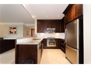 """Photo 5: 504 4685 VALLEY Drive in Vancouver: Quilchena Condo for sale in """"MARGUERITE HOUSE I"""" (Vancouver West)  : MLS®# V891837"""