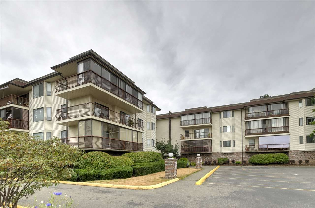"Main Photo: 205 2414 CHURCH Street in Abbotsford: Abbotsford West Condo for sale in ""Autumn Terrace"" : MLS®# R2295708"