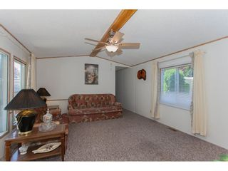 """Photo 4: 46 15875 20 Avenue in Surrey: King George Corridor Manufactured Home for sale in """"SEA RIDGE BAYS"""" (South Surrey White Rock)  : MLS®# R2192542"""