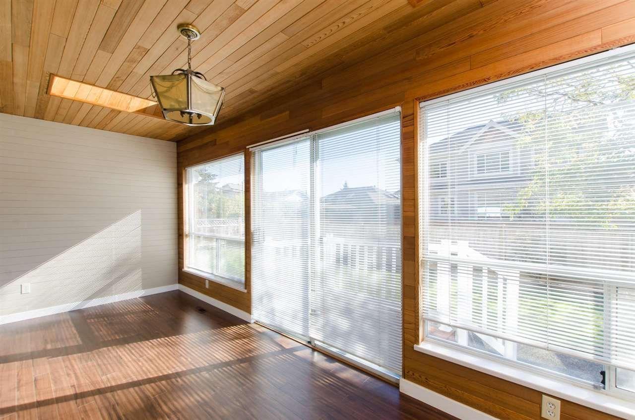 Photo 7: Photos: 14206 20 Avenue in Surrey: Sunnyside Park Surrey House for sale (South Surrey White Rock)  : MLS®# R2116136