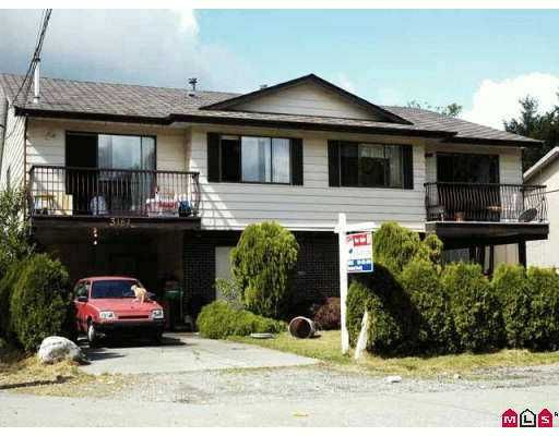 Main Photo: 3163 3161 268TH ST in Langley: Aldergrove Langley Duplex for sale : MLS®# F2618555