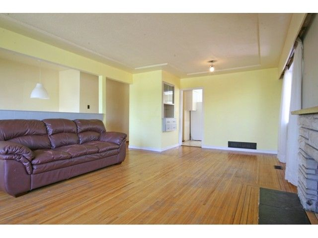 Photo 8: Photos: 3312 CHURCH Street in Vancouver: Collingwood VE House for sale (Vancouver East)  : MLS®# V1101706