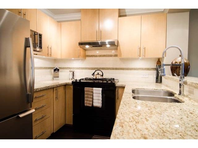 Main Photo: # 203 2998 SILVER SPRINGS BV in Coquitlam: Westwood Plateau Condo for sale : MLS®# V1052339