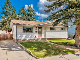 Main Photo: 324 Lynnview Way SE in Calgary: Ogden Detached for sale : MLS®# A1099440